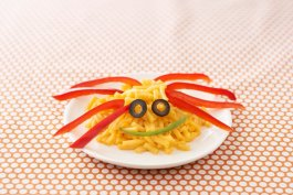 Spider Mac N Cheese